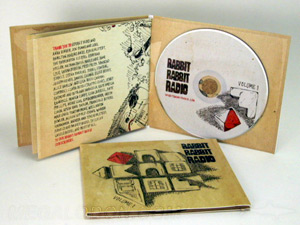 Plastic free eco friendly green cork hub cd packaging